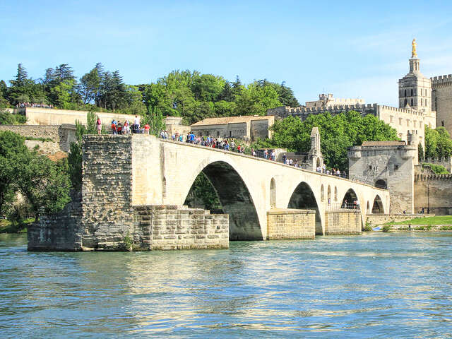 Host Your Wine Club To The Rhone Valley