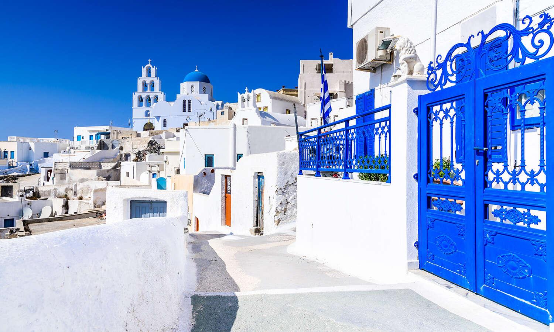 Wellness and Hiking in Crete & Santorini
