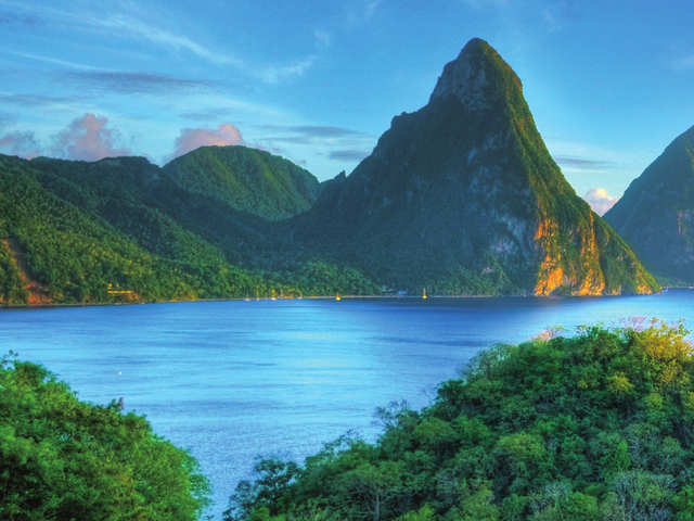 Canadian Residents special savings on 2 for 1 CRUISE FARES and FREE INTERNET