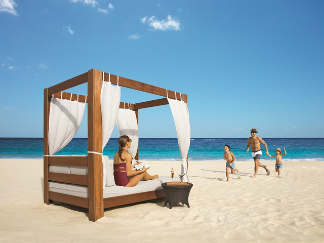 Special Offers at AMR™ Collection resorts in Mexico, the Caribbean & Central America
