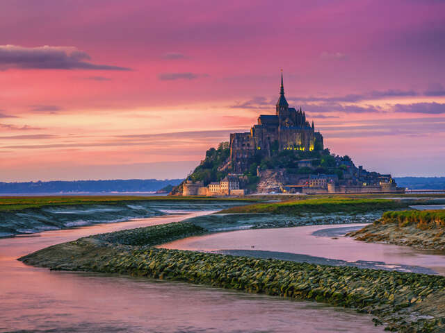 NORMANDY & CHATEAUX REGION