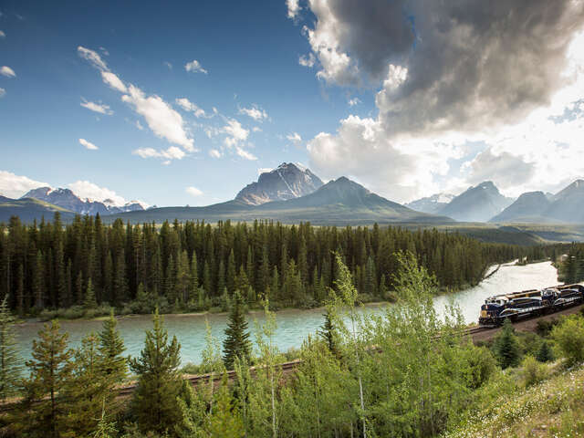 Top Five Reasons to Travel by Rail in Your Own Backyard!