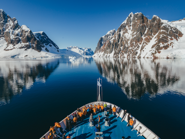 Quark Expeditions Makes an Earth Day 'Polar Promise'
