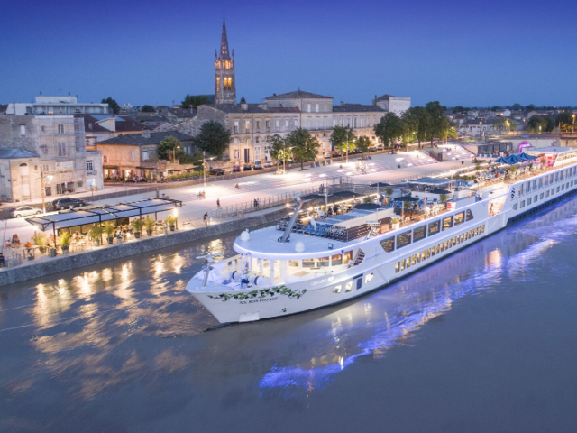 Book This Week! Celebrate Uniworld's Anniversary with up to 30% off Luxury River Cruises