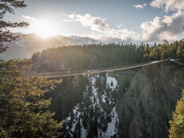 One Trail Walk Takes You Across the 2 Highest New Suspension Bridges