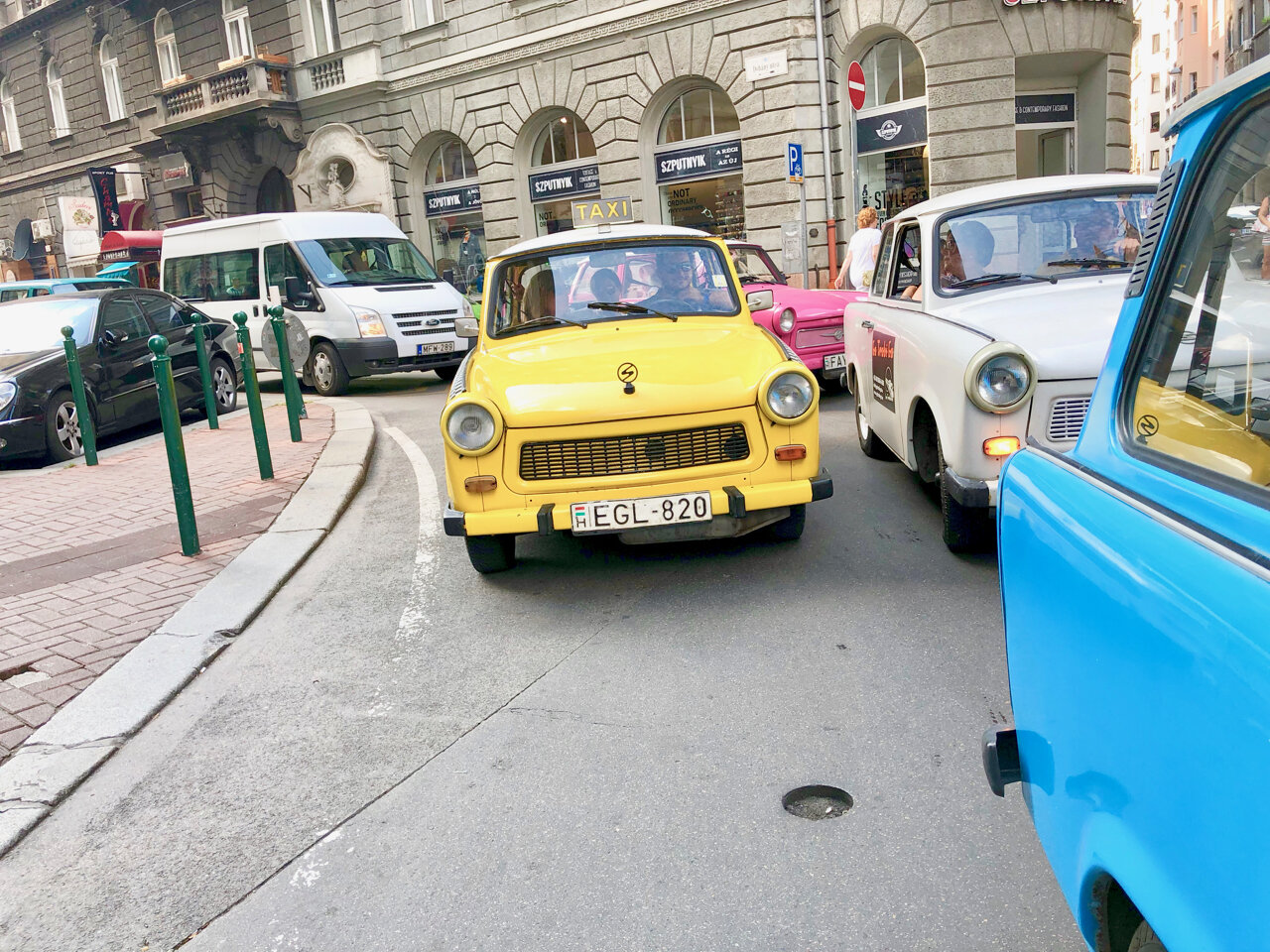 Retro tour of Budapest in Trabant Cars