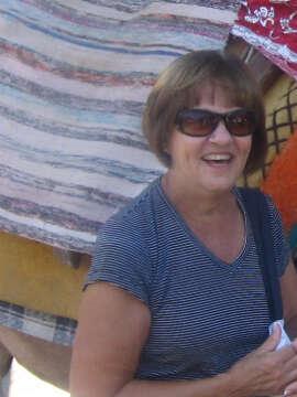 [2] Sue Robson