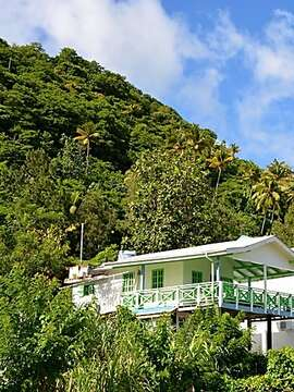 Make Your Stay In St. Lucia Count. Stay At Auberge Seraphine