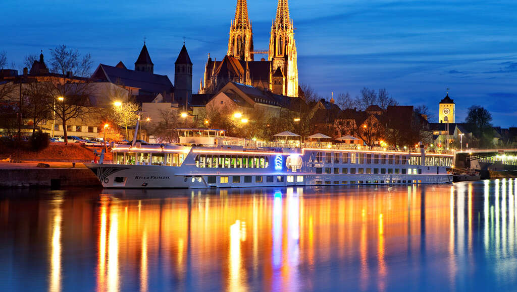 Uniworld - DELIGHTFUL DANUBE & PRAGUE