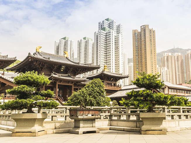 Hong Kong Insider's Guide: East Meets West