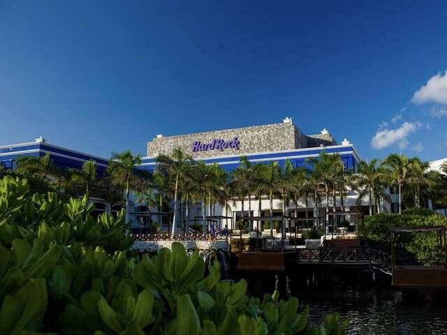 Blogging by Mackenzie: Hard Rock Resorts Cancun & Riviera Maya