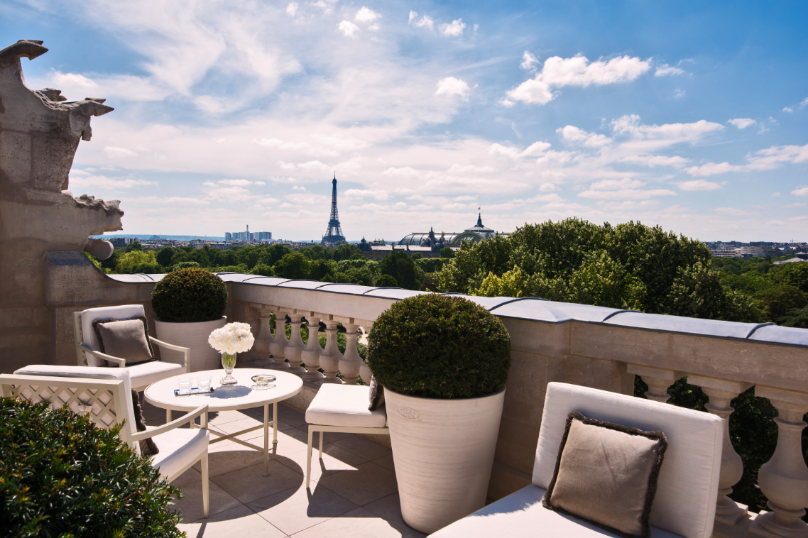 Paris Landmark Hotel Re-Opens after $200-million Renovation