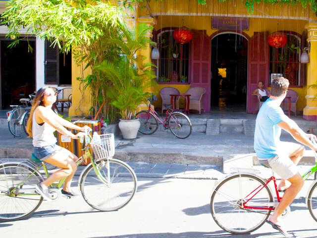 Vietnam Highlights (Start Ho Chi Minh City, end Hanoi)