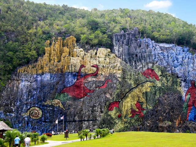 Mural of Prehistory Vinales