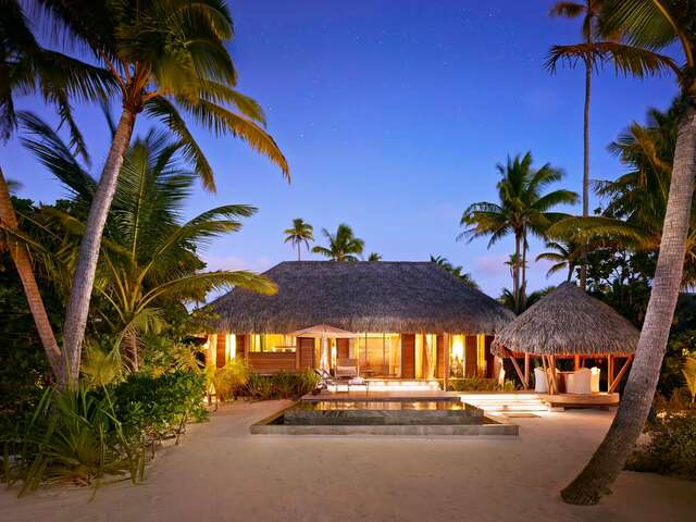 Luxe Beach Resort in Tahiti at its Finest: The Brando