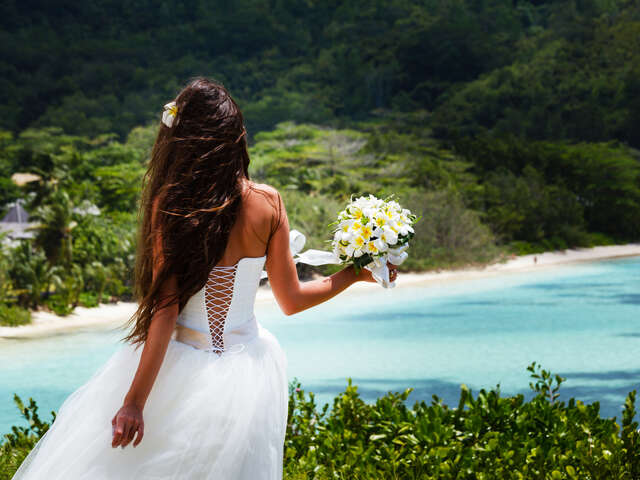 Destination Wedding? Have You Considered Getting Married Abroad?