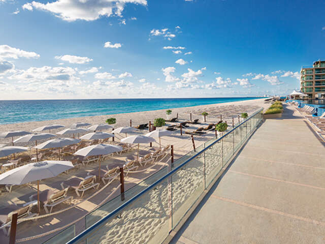 WestJet Vacations - Save $260 with a minimum four-night stay!