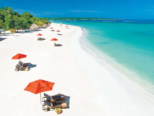WestJet Vacations - First night free at select Beaches® Resorts!
