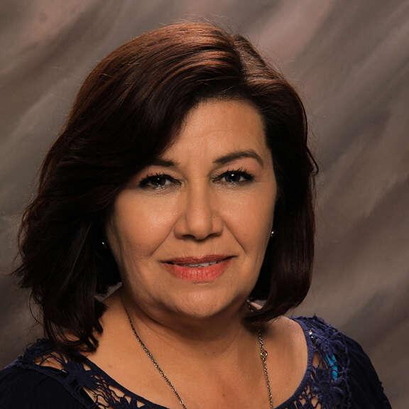 Ernestina Mendoza
