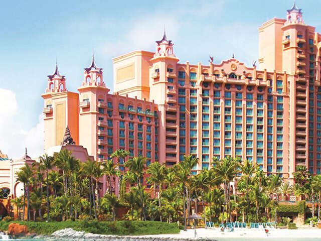 Receive up to $450 in resort credit at Atlantis with WestJet Vacations