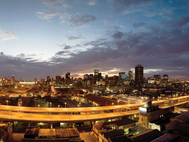Goway Travel - Madikwe Safari Lodge & Cape Town