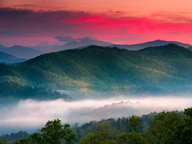 Bluegrass Country & the Smoky Mountains
