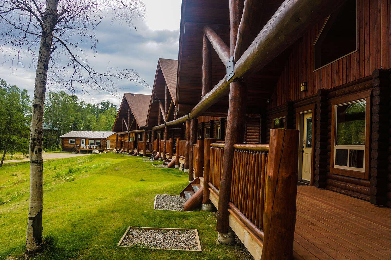 Thompson's Resort Missinipe