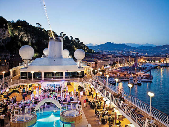 The road to luxury travel told by travel experts