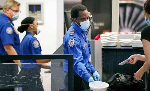 TSA Screened Record Number of Travelers Since Start of the Pandemic Over New Year's Weekend
