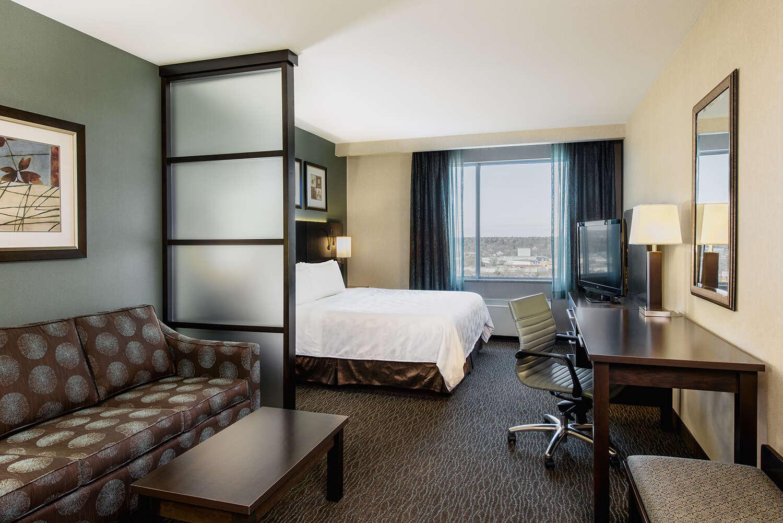 Holiday Inn Saskatoon Downtown Corporate Package
