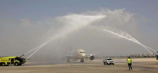 Etihad Airways first scheduled flight from Abu Dhabi lands in Israel