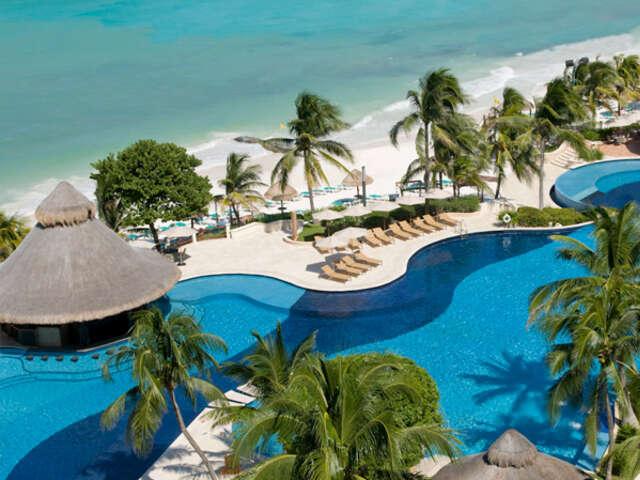 Pleasant Holidays - Save $100 on Mexico Vacations at La Colección Resorts by Fiesta Americana