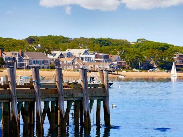 East Coast U.S. and Atlantic Canada –  From Big-City Bustle to Small-Town Charm (Northbound)