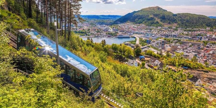 Enjoy your last hours on board - Ålesund - Bergen