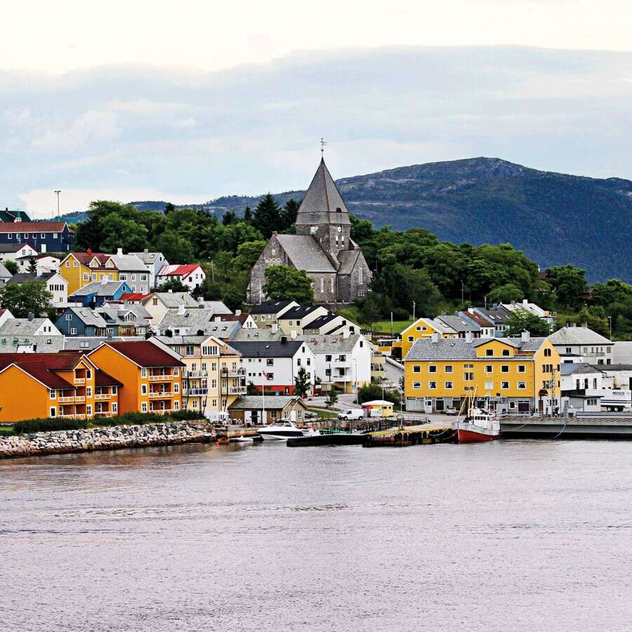 Norwegian Alps and Viking Battles - Kristiansund & Molde, Norway
