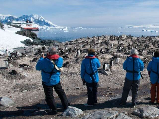 Adventure  to Antarctica - Highlights of the Frozen Continent (Santiago - Buenos Aires)