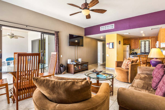 Royal Sea Cliff Kona by Outrigger LIVING ROOM