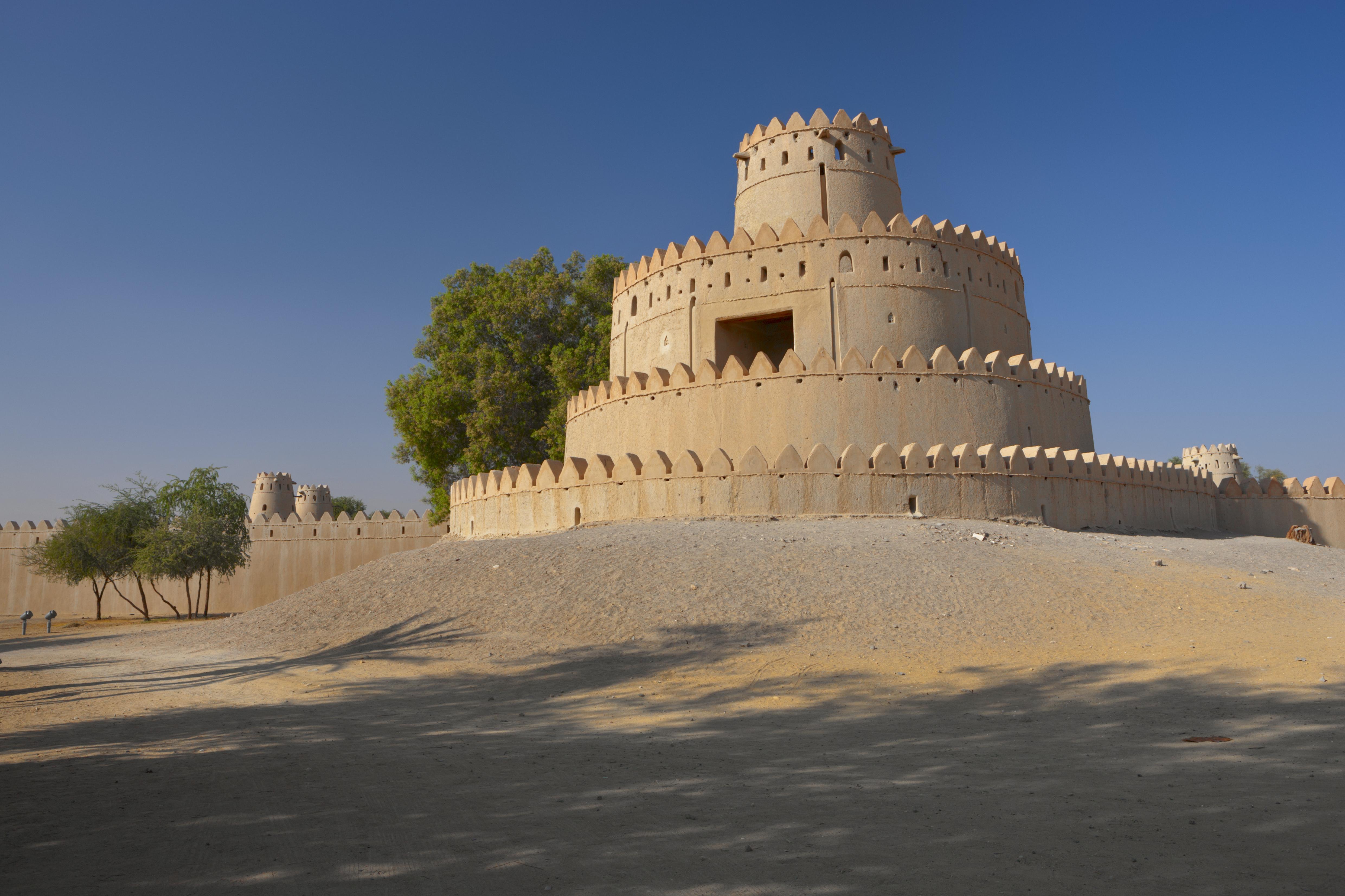 Al Jahil Fort, photo courtesy of Abu Dhabi Dept of Culture & Tourism