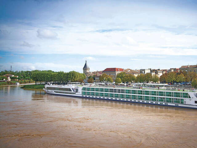 Host Your Wine Club To Bordeaux