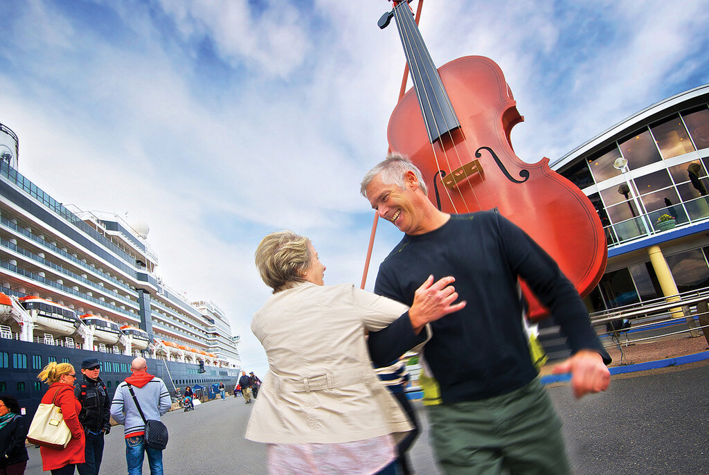 Get your picture taken next to the world's largest fiddle