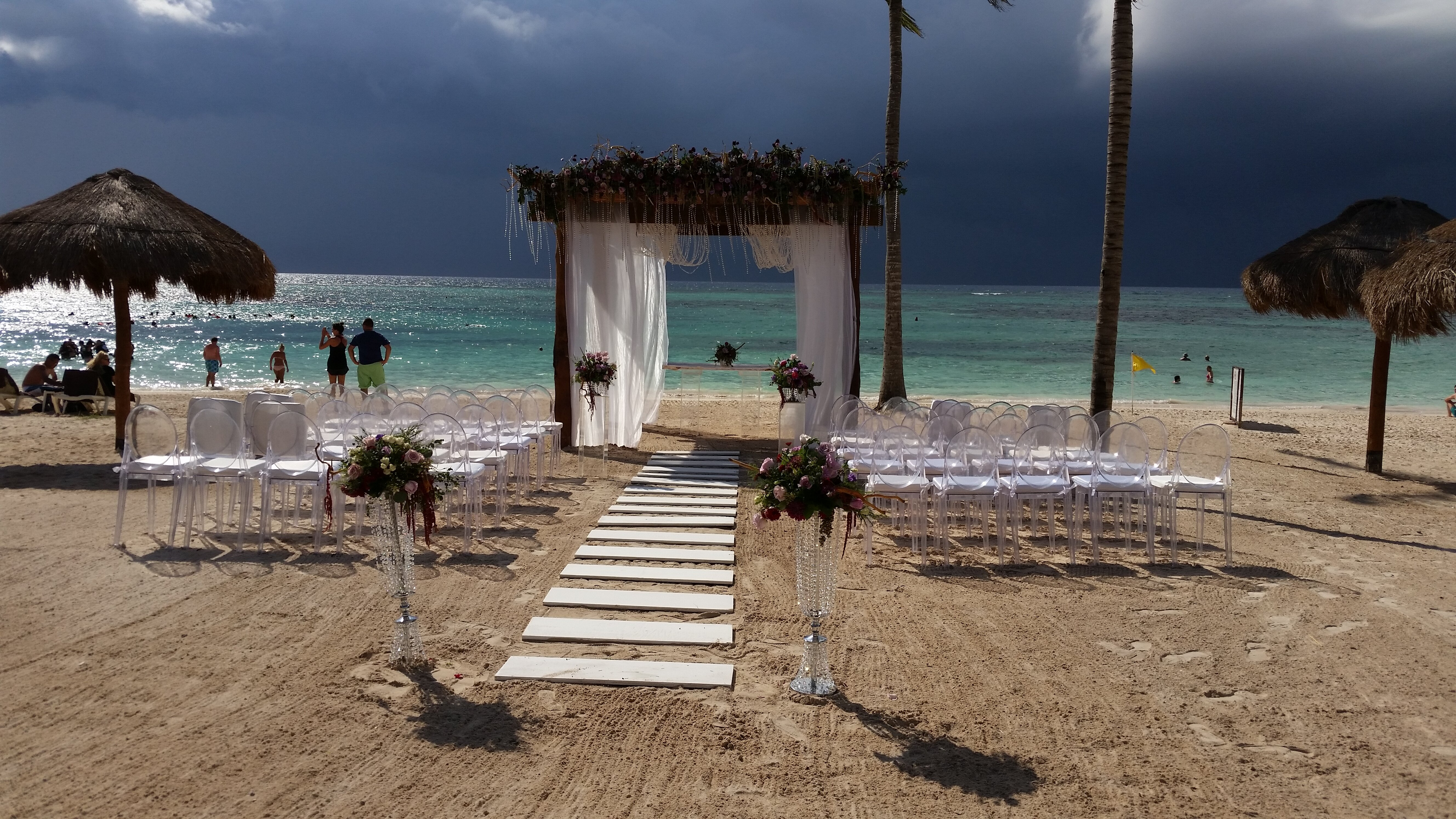 Toes in the Sand wedding
