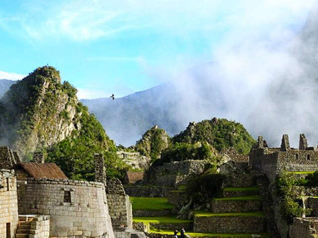 Treasures of the Incas (Luxury Gold - Summer 2017)