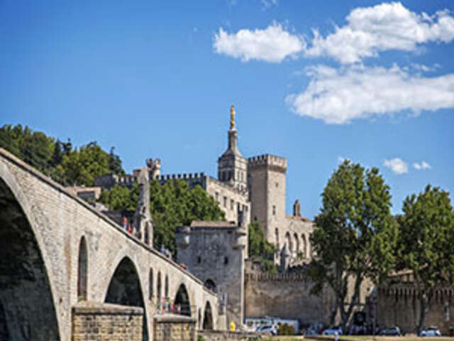 Rhine & Rhône Revealed with 2 Nights Paris & 2 Nights London – Northbound