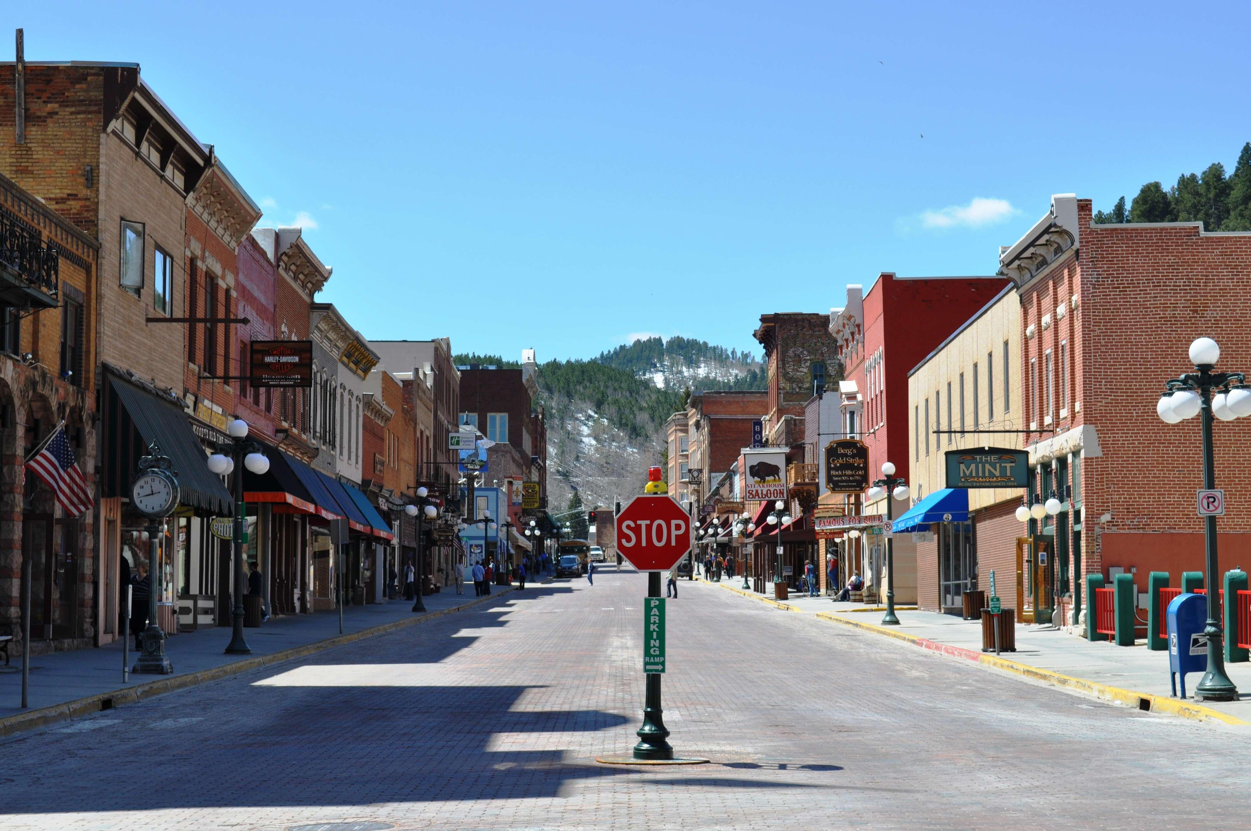 Spotlight on South Dakota The Black Hills & The Badlands