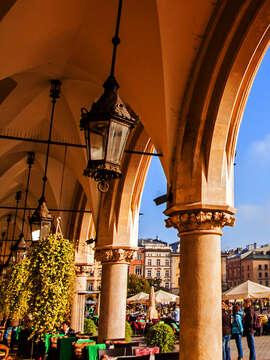 Discovering Poland Warsaw, Gdansk, Torun, Wroclaw & Krakow