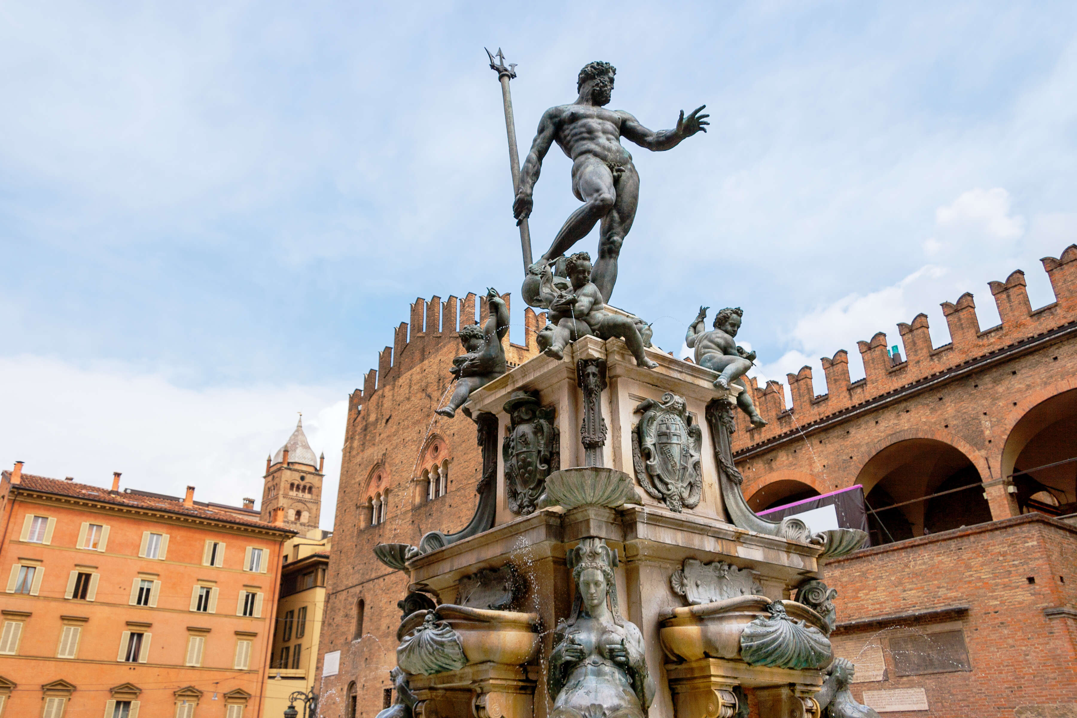 Italy's Bella Vita featuring Florence, Bologna and Lake Como