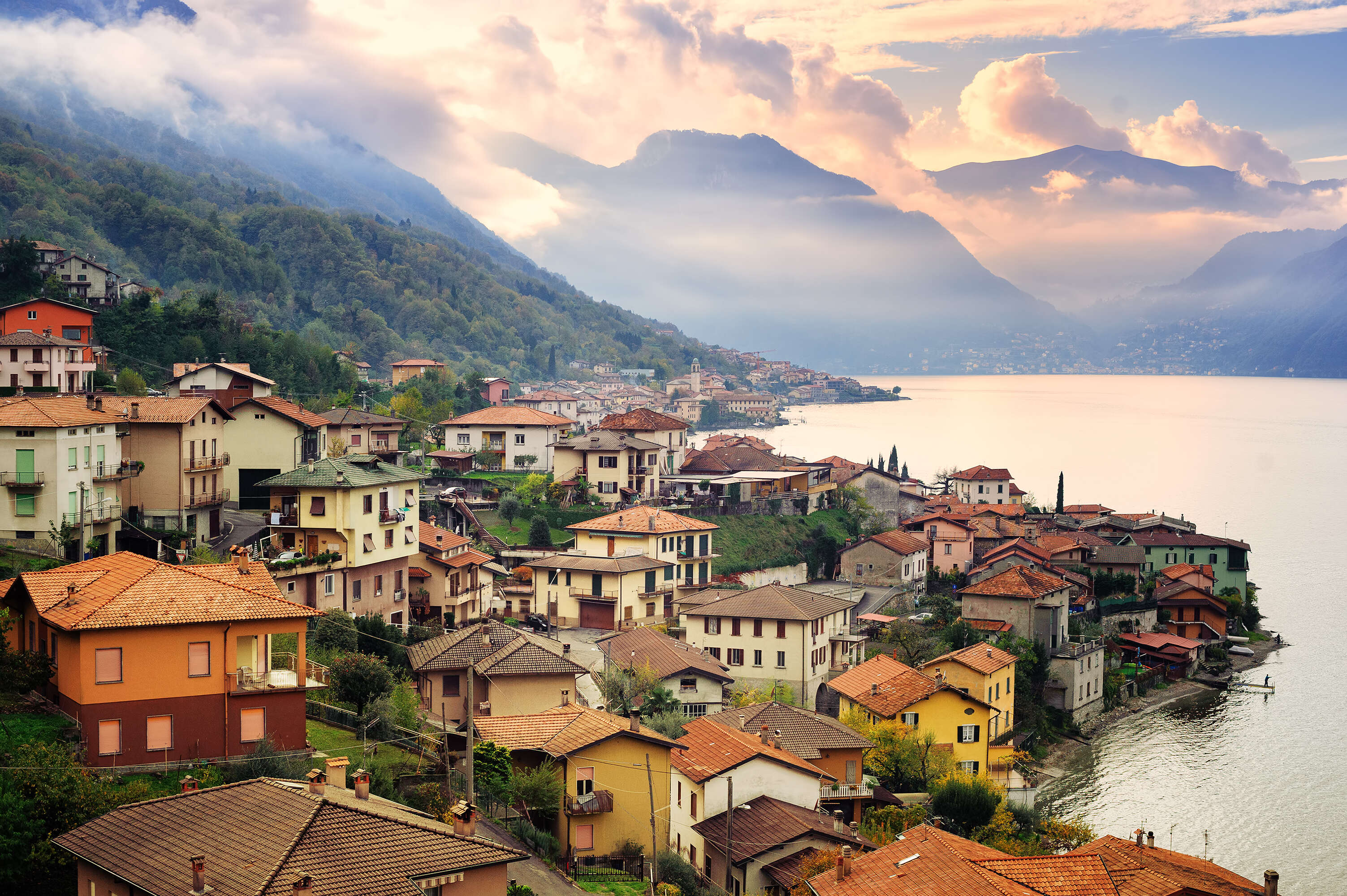 Northern Italy and Its Lakes featuring Padua and Venice
