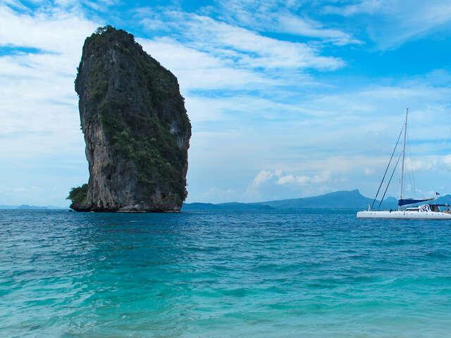 Sailing Thailand - Ko Phi Phi to Phuket — Plus