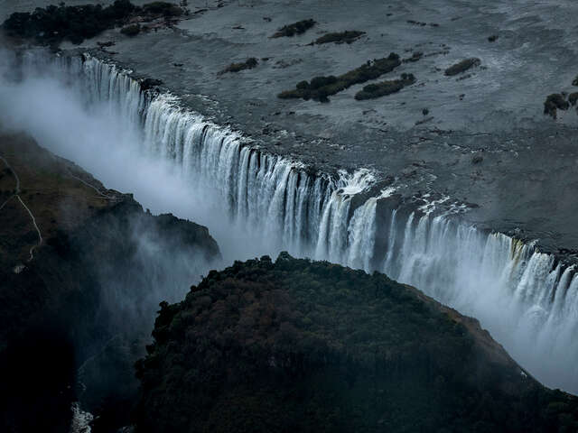 Southern Africa Overland: Cape Town, Falls & Kruger